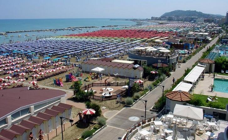 cattolica-beach